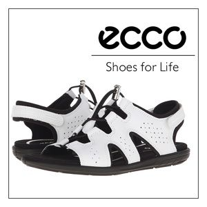 aeed649ba137 Ecco Shoes - NEW White Ecco Bluma Toggle Sandals